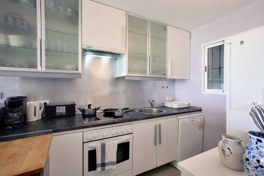12-Kitchen